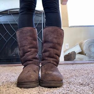Chocolate High Top Uggs- Size 7